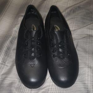 Capezio tap shoes size 1